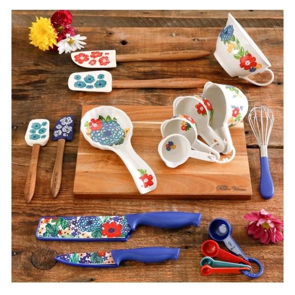 The Pioneer Woman Kitchen The Pioneer Woman Dazzling Dahlias 2piece Gadget Poshmark